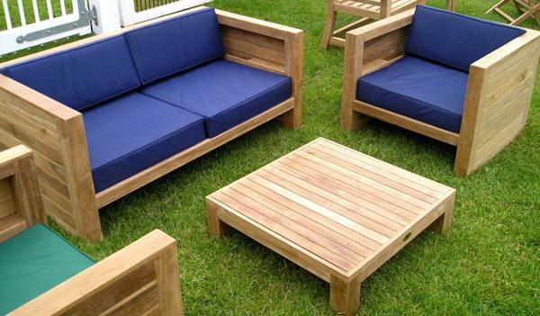 Przykłady mebli ogrodowych z drewna