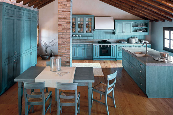 Klasyczna kuchnia niebieska