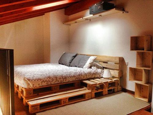 Palety materiał na łóżko