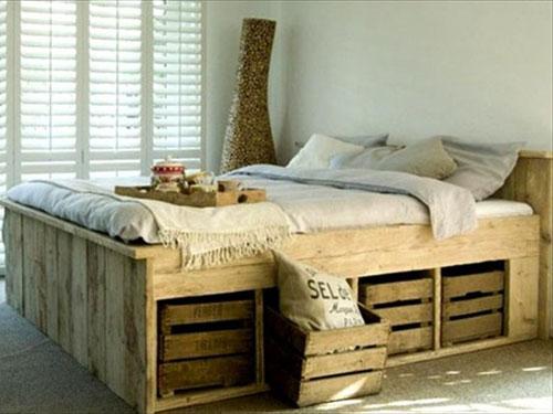 Łóżko z recyklingu